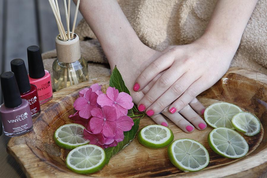 Manicure og pedicure hos Løvel Helse