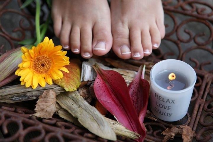 Smukke fødder efter fodpleje hos Løvel Helse & Fodklinik